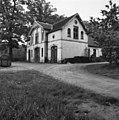 Koetshuis, voor- en rechter zijgevel - Arnhem - 20025104 - RCE.jpg