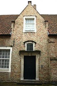 Koetshuis van Grand Hôtel du commerce - Moerstraat 5 - Brugge - 29484.JPG