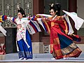Korean.dance-Taepyeongmu-09.jpg