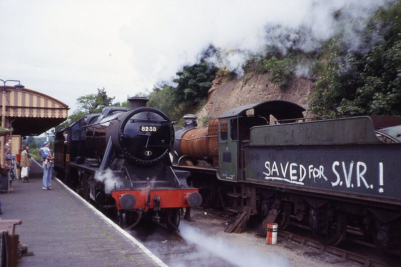 File:LMS 8F 2-8-0 8233 & GWR 2-6-0, Bewdley, SVR June 1979 Slides097 (10256713156).jpg