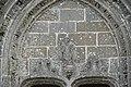 La Roche-Maurice Église Saint-Yves Tympan 959.jpg