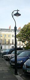 Lanterna kolono ĉe 13 Sussex Square, Kemp Town, Brajtono (IoE Code 481316).jpg