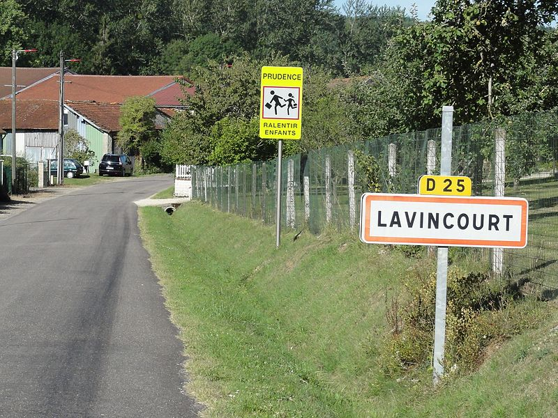 Lavincourt (Meuse) city limit sign