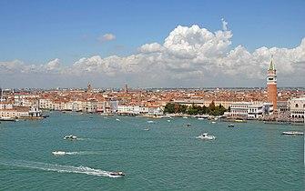 Le canal de Saint-Marc (Venise) (1779356301).jpg