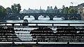 Le pont royal et la passerelle Léopold-Sédar-Senghor.jpg
