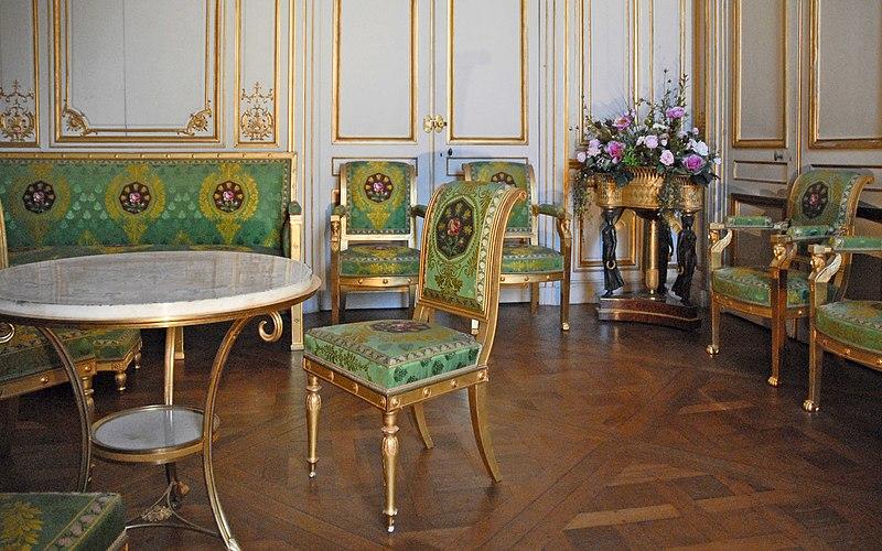 Fichier:Le salon blanc (Château de Fontainebleau).jpg