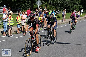 Alex Dowsett - Dowsett (centre) in the leading group of the 2015 Vattenfall Cyclassics