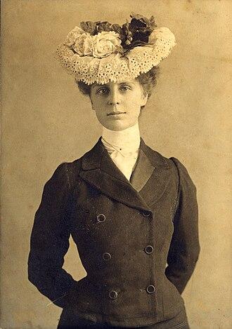 Alaska Women's Hall of Fame - Image: Leonie von Meusebach–Zesch 1902