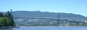 Final Destination 5 - The opening scene featuring the North Bay Bridge collapse in North Bay, New York, United States of America was filmed on the Lions' Gate Bridge in Vancouver, British Columbia, Canada and two scale representations of the bridge.