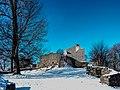 Loewenburg im Schnee.jpg