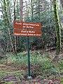 Loguivy-Plougras. Panneau Forêt du Beffou.jpg