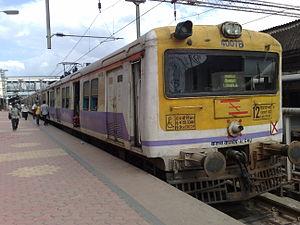Pune Suburban Railway - Lonavla EMU at Pune platform 6