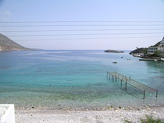 Daskalogiannis - The gulf of Loutro with the islet of Loutro (on the right).