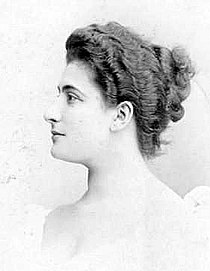 Lucienne Bréval 1890.jpg