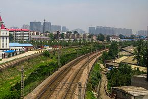 Luoyang-Yiyang Railway and Jiaozuo-Liuzhou Railway in Guanlin (20170607122306).jpg