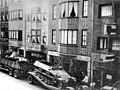 Maastricht, Wycker Brugstraat, Duits transport, juni 1940.jpg