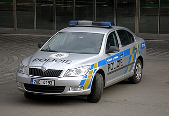 Law enforcement in the Czech Republic - Image: Main railway station Praha, Skoda Czech republic policie