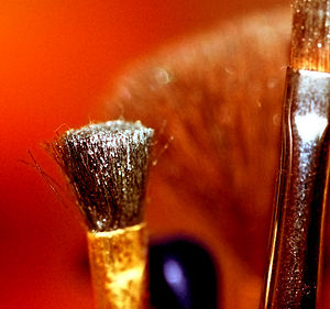 Photo of makeup brushes.