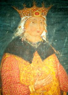 A corpulent woman wearing a crown