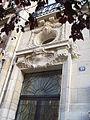 Mascarons et autres ornememts de façade à Charleville-Mézières 12.jpg