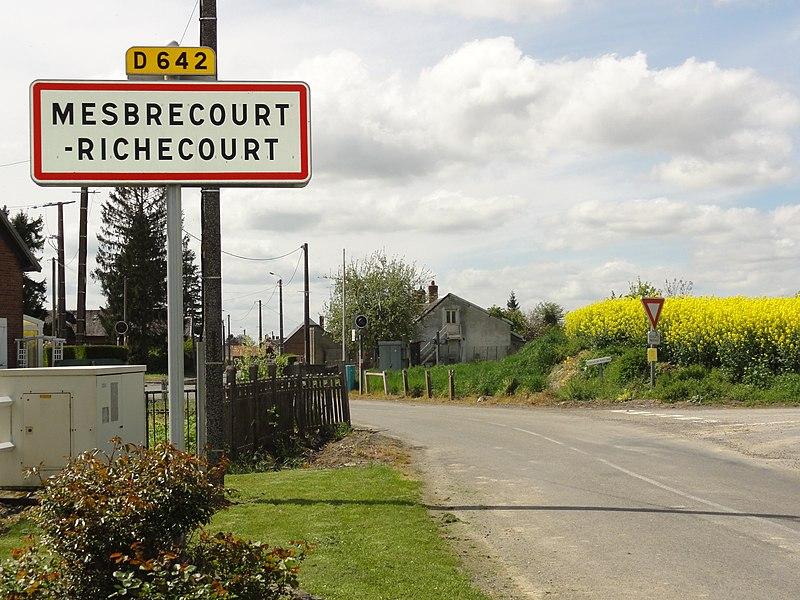 Mesbrecourt-Richecourt (Aisne) city limit sign