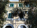 Messina, finestra, Palazzo del Granchio o Banco Cerruti o Palazzo Coppedè, Via Garibaldi, Via Cardines (7).png