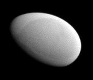 Methone (moon) - Cassini image of Methone's leading side taken on 20 May 2012