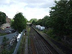 Metro tracks heading north (geograph 3582888).jpg