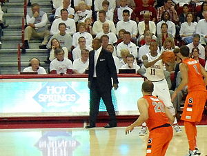 Mike Anderson (basketball) - Anderson coaching the Razorbacks vs Syracuse, 2012