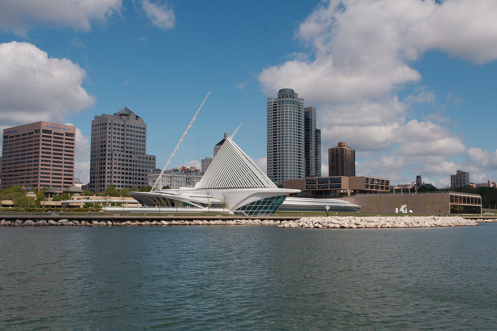 an analysis of living in milwaukee wisconsin A complete list of independent living facilities in milwaukee, wi compare amenities, read customer reviews and get pricing for independent living in milwaukee.