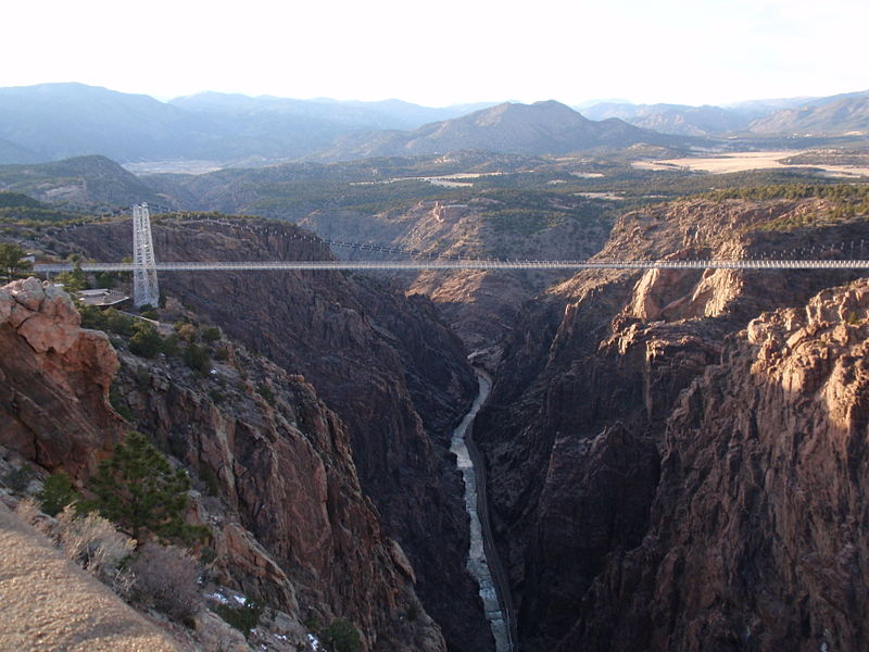 File:Mind the Gap, Royal Gorge Bridge.jpg