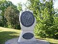 Monument à Yvain de Galles.JPG