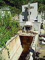 Monumento a la desidia XIII-b, siglo XX - Profanación de tumba (2).JPG