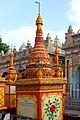 Monywa-Thanboddhay-40-Stupas-gje.jpg