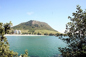 Mount Maunganui - The mountain in summer.