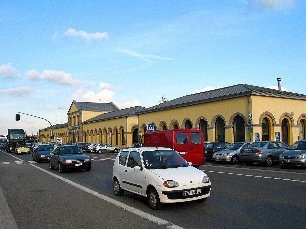 Gare de mouscron wikip dia for Piscine des dauphins mouscron