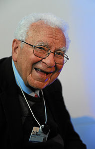 Murray Gell-Mann - World Economic Forum Annual Meeting 2012.jpg