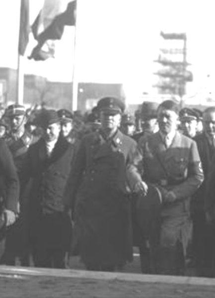 Archivo:Mutschmann Hitler.jpg