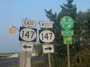 New Jersey Route 147 - Image: NJ 147 signage with GSP shields