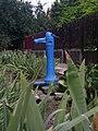 Nagyszénás 2011-06-20, kút ha szomjas vagy - panoramio.jpg