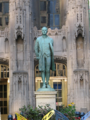 Nathan-Hale-Statue-Tribune-tower.png