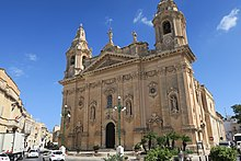 Naxxar Parish Church hnapel 03.jpg