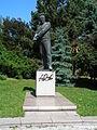 Nelahozeves, Dvořákova socha (2).jpg