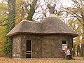 Neuer Garten - Kleines Borkenhaus (Small Bark House) - geo.hlipp.de - 30125.jpg