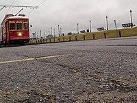New Orleans streetcar November 2013.jpg