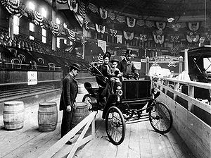 New York Auto Show, 1900, New York Times.JPG