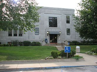 Neosho, Missouri - Newton County's Art Deco-style courthouse, built in 1936