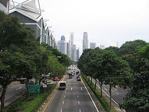 Nicoll Highway - Nicoll Highway, towards the central business district.
