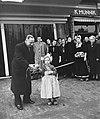 Opening kaasmarkt in Edam, Bestanddeelnr 906-3472.jpg
