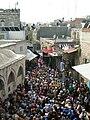 Orthodoxe Kreuzwegsprozession am Karfreitag in der Via Dolorosa.jpg
